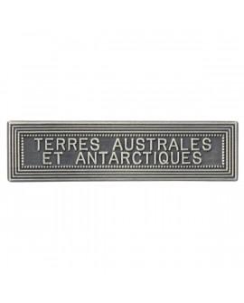 Agrafe Terre Australe et Antarctique Argent